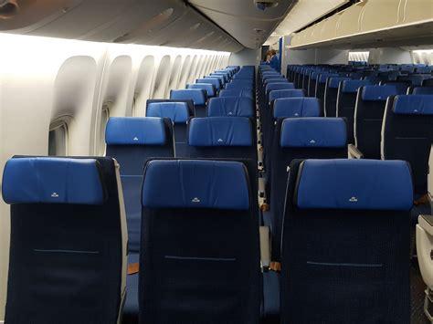klm 777 300 economy comfort klm economy class in der boeing 777 300er frankfurtflyer de