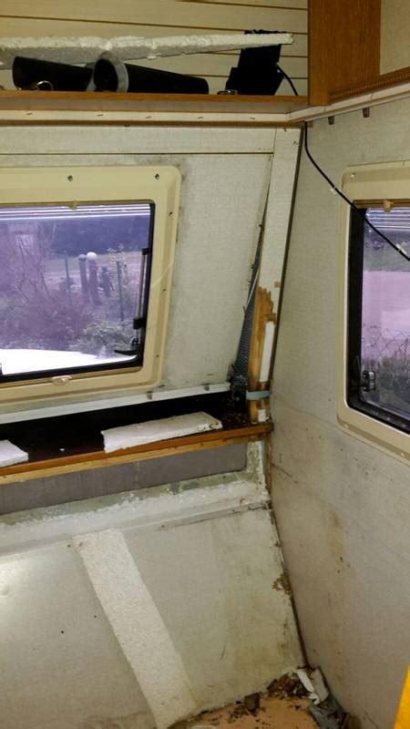 fensterbrett nass hobby prestige 1989 bugfenster gaskasten wohnwagenforum