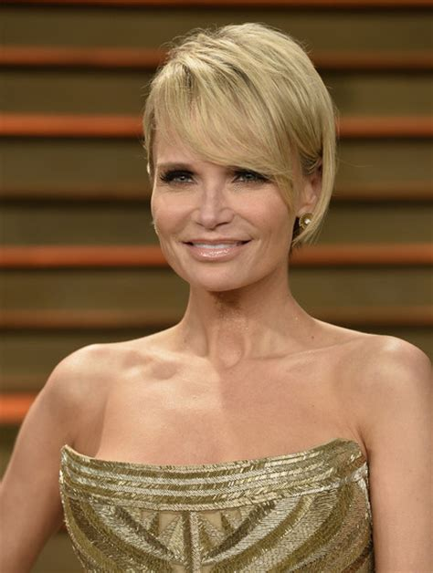 kristin chenoweth short hairstyle with hairstyles hair more pics of kristin chenoweth short cut with bangs 1 of