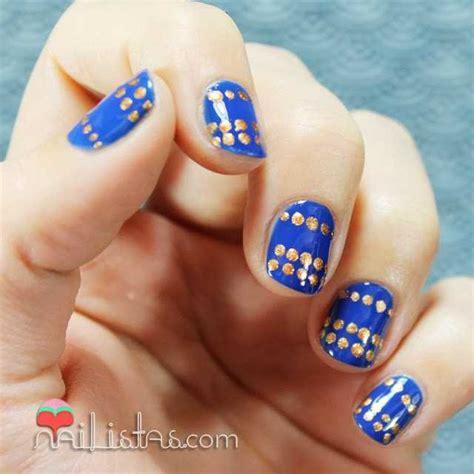 imagenes uñas decoradas azul decoracion de u 241 as paso a paso con esmalte azul