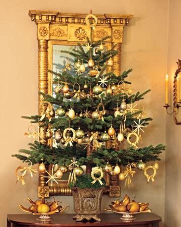 tree with gold ornaments tree decoration ideas panda s house
