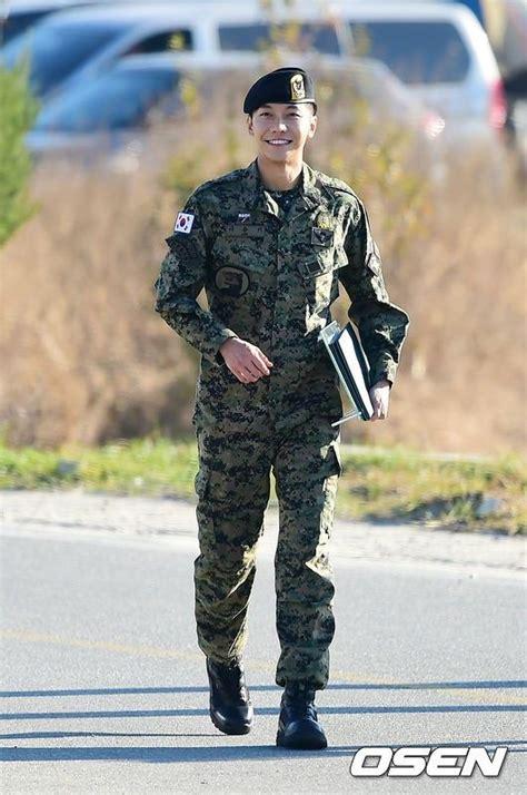 lee seung gi return lee seung gi returns from the military safe and sound