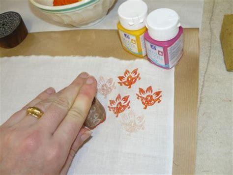 peindre un canapé en tissu imprimez un tissu avec des tons l atelier d