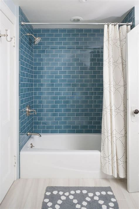 bathtub and shower combinations 1000 ideas about bathtub shower combo on pinterest