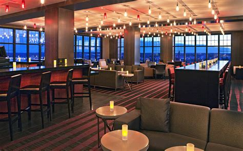 Top Bars In Portland by Portland Maine Lounge Top Of The East Portland Maine