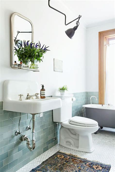 9 Bathroom Decorating Ideas to Make It Look More Expensive