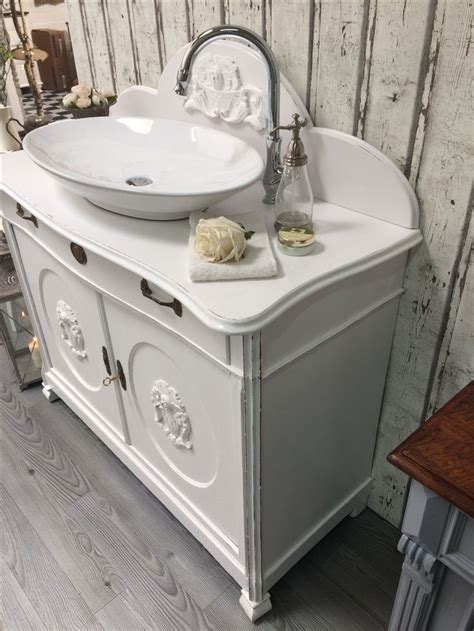 land badezimmer waschbecken 16 besten waschtische landhausstil bilder auf