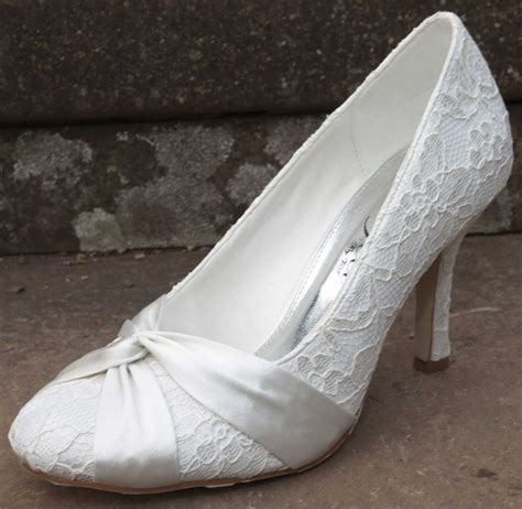 10 Prettiest Wedding Shoes by The Top Ten Best Selling Wedding Shoes Of 2014