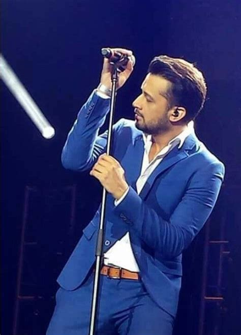 Atif Aslam Wallpapers With Guitar
