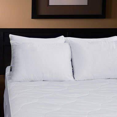 2 serta standard queen bed pillow pillows 2pk made in serta standard queen bed pillow 2 pack bedroom store