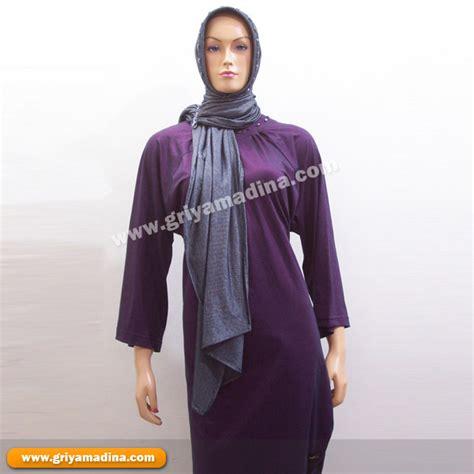 D032972 Setelan Kaos Trendy 1 st kaos dan jilbab 1 madina griya busana muslim