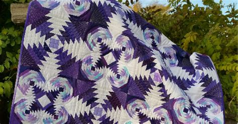 youtube pineapple quilt pattern a tarted up pineapple free quilt tutorial
