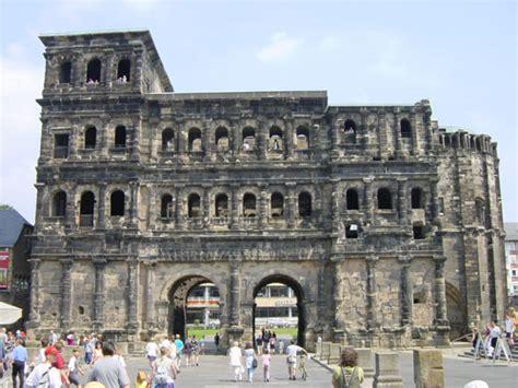 porta nigra tourist information trier informatie