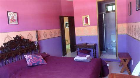 chambre indienne chambre indienne violette chambres d h 244 tes b b pousada