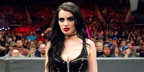 paige wwe 2018 damn in 3 years paige turned super cute to super ugly