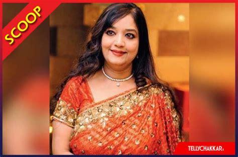 actress sheela sharma photos sheela sharma left in tears on the sets of ichhapyaari naagin