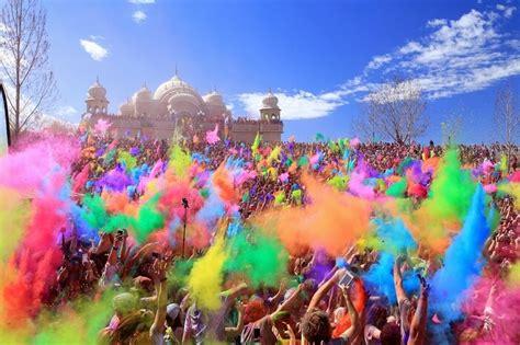 holi parties  delhi  celebrate  festival