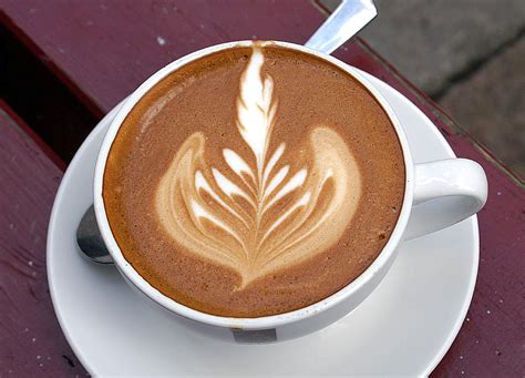 artistic coffee file latte jpg wikimedia commons