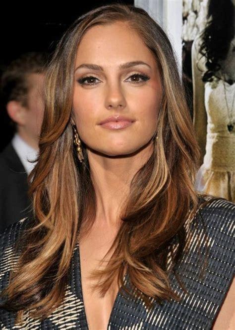 idee de coupe femme la coupe de cheveux longs pour femme 70 id 233 es en photos