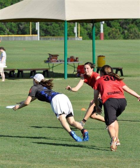 Layout Drill Ultimate Frisbee | ultimate frisbee layout drill
