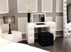 Furniture Vanity Bedroom White Lacquer Contemporary Vanity With Folding Mirror And