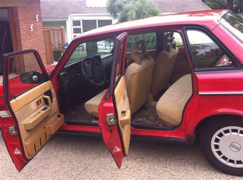 purchase   volvo  base sedan  door  rare red  cincinnati ohio united states