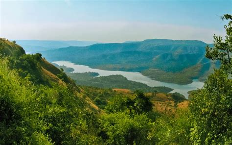 best places to visit near mumbai during summer vacation