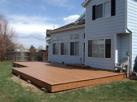 how much to level a backyard 25 best low deck ideas on low deck designs