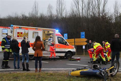 18 J Hriger Motorradunfall by 18 J 228 Hriger Bei Motorradunfall Schwer Verletzt N Land