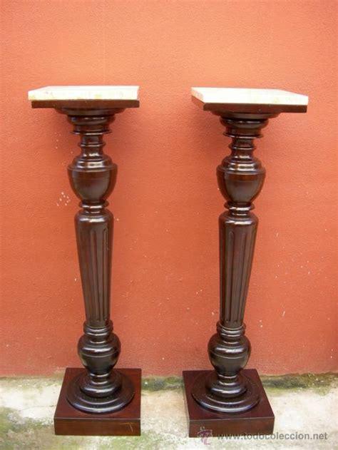 pedestales de marmol pareja de pedestales antiguos marmol chispeado comprar