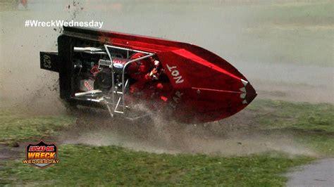 fast boat wreck sprint boat crash compilation ww 43 doovi