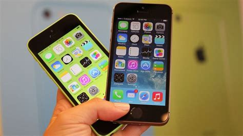 how many megapixels is the iphone 5s apple iphone 5s and 5c announced
