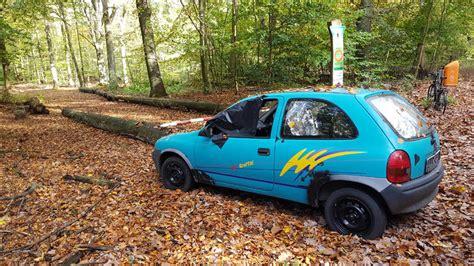 Auto Schrott by Schrott Auto Im Tegeler Forst Die Dorfzeitung