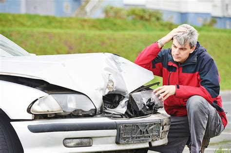under which conditions do most boating accidents occur what is the most dangerous time of day to drive in