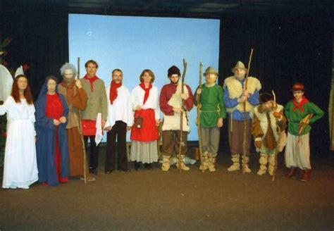 Schemel Auf Hochdeutsch by Merz Theater Christgeburtspiel