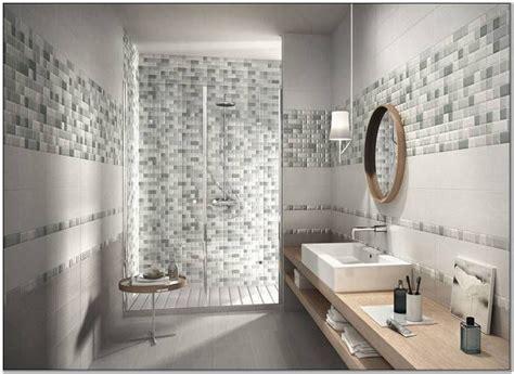 piastrelle bagno rettangolari rivestimenti bagno mosaico e piastrelle bathroom