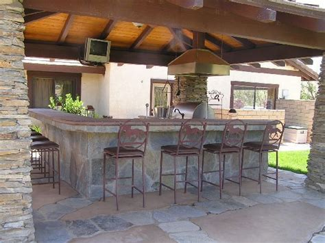 Outdoor Kitchen bar Ideas   Outdoor spaces kitchens