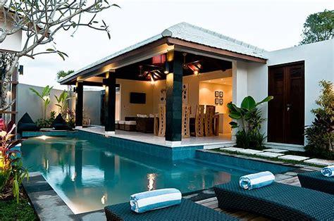 seminyak villas 6 bedroom villa baik 6 bedrooms in 2 adjoining villas 2 pools