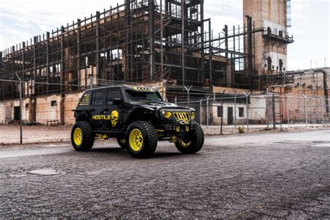 1c4bjwdg9gl344368 2016 Custom Lifted Jeep Wrangler