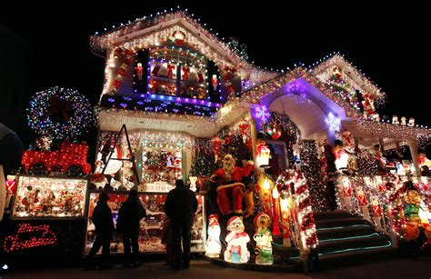 best decorated christmas houses where to travel for christmas washington dc student union