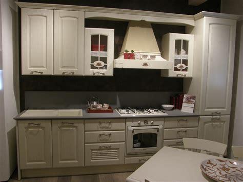 cucina lube classica cucina lube sconto outlet 50 cucine lube torino