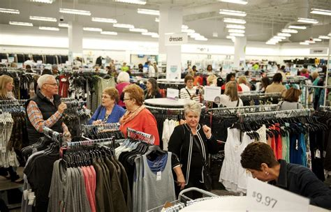 Nordstrom Rack Shoppers World by Hundreds Of Shoppers Flock For Peek At Arbor S