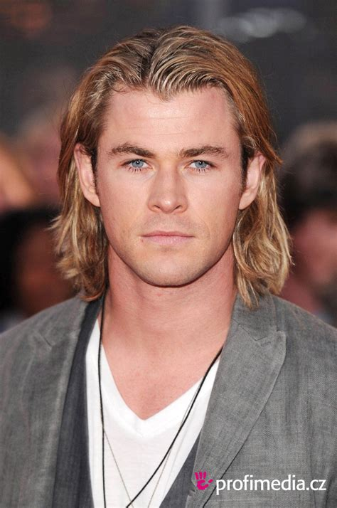 Chris Hemsworth     hairstyle   easyHairStyler