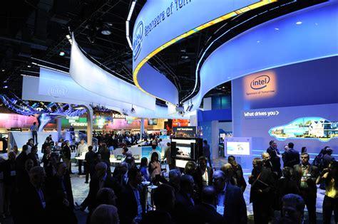 new smart home tech from ces 2017 las vegas 187 unique tech ces exhibitors unveil new tv auto and home appliances