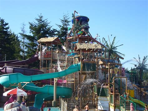 theme park wiki wild waves theme park wikipedia