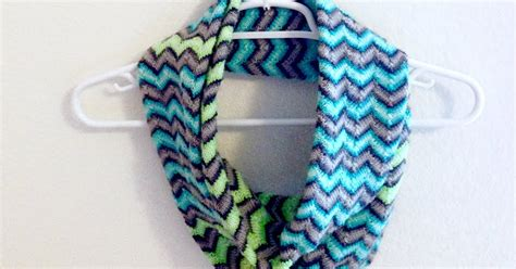 chevron infinity scarf knitting pattern the various areas of my expertise chevron infinity scarf