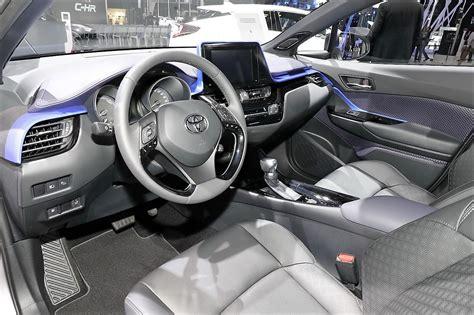 toyota chr interior toyota chr interior 2018 cars models