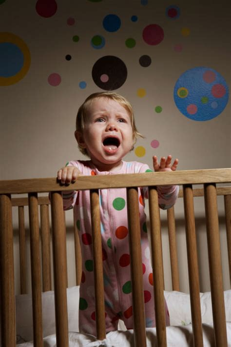 Baby Hates Crib Don T Say In Bed What To Say During