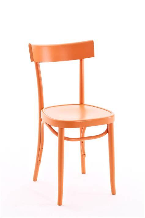 sedia arancione brera sedia colico in legno massello di faggio diversi