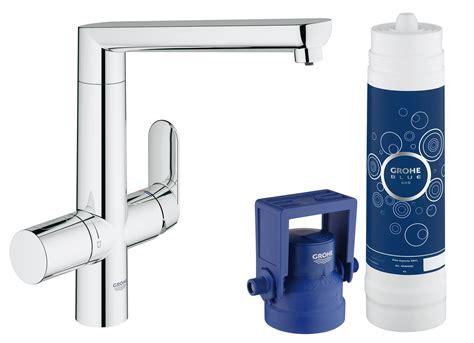 acqua frizzante dal rubinetto di casa in cucina acqua fresca liscia o gassata direttamente dal